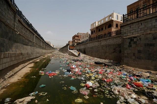 Oxfam alerta de que el brote de cólera en Yemen va camino de ser el mayor de la historia