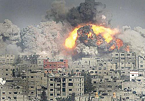 Siguen lloviendo bombas en Yemen