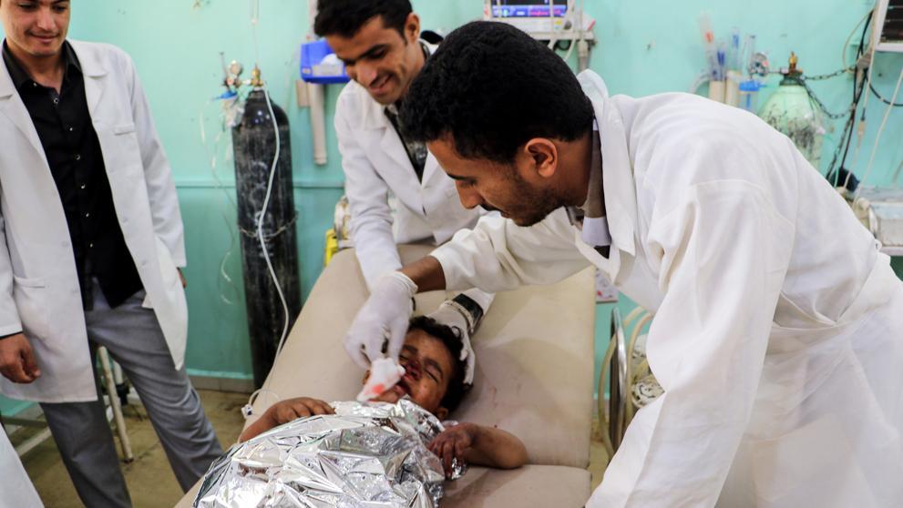 Bombardeo saudí sobre 3 autobuses escolares en Yemen