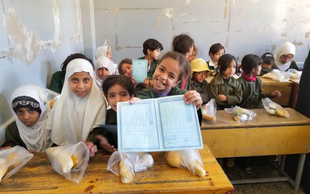Nuestro proyecto Desayunos para Educar y Proteger en Yemen, en El País