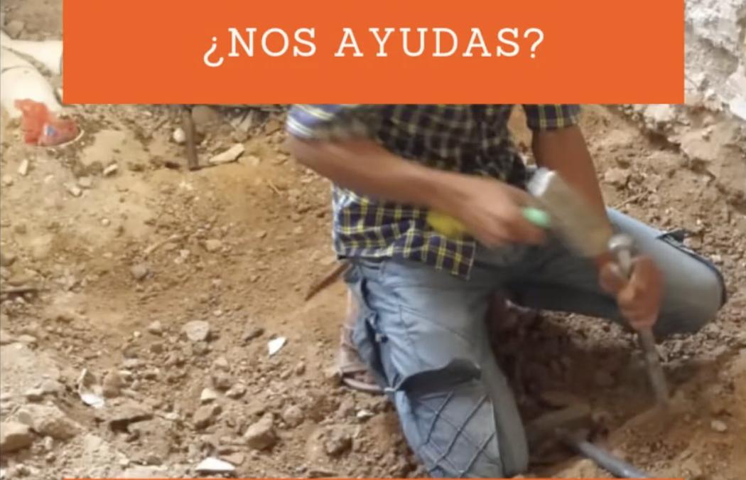 Obras de reforma de los baños de la escuela de las niñas, 2
