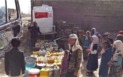 Instalamos el depósito de agua potable 14  en el campo de Refugiados de Raydah